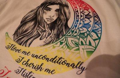 画像1: 自分自魂との結魂Tシャツ【昼の虹色のラメの月×鉛筆画女神version】
